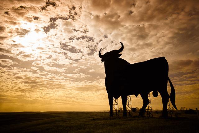 Osborne Bull along the highway in Spain. Taken by Raúl Hernández González via Flickr.