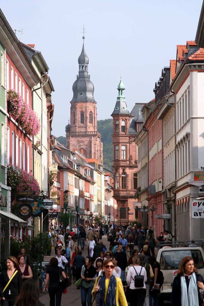 The Heidelberg Hauptstrasse (main street). Taken by Nelson Minar via Flickr.