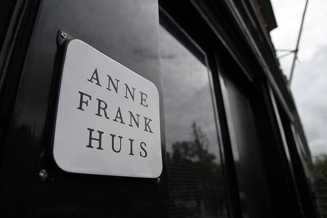 Entrance to the Anne Frank House. Taken by Saadick Dhansay via Flickr.