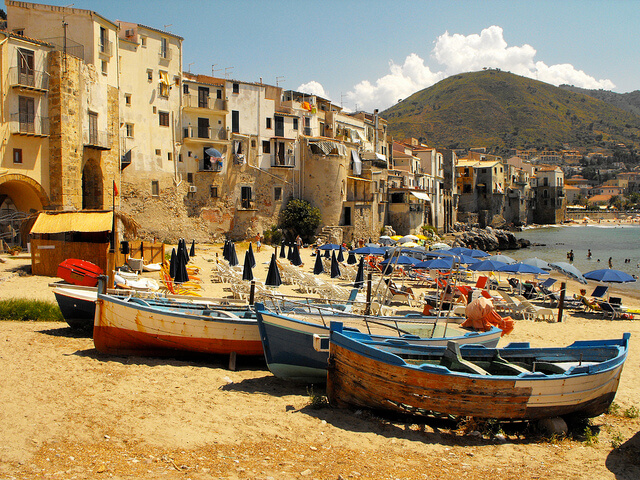 Cefalù, Sicily. Taken by Miguel Virkkunen Carvalho via Flickr.