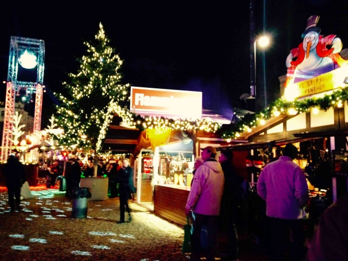 Lights at the St. Pauli Christmas Market.