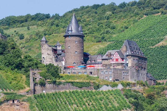 Stahleck Castle. Taken by Wei-Te Wong via Flickr.